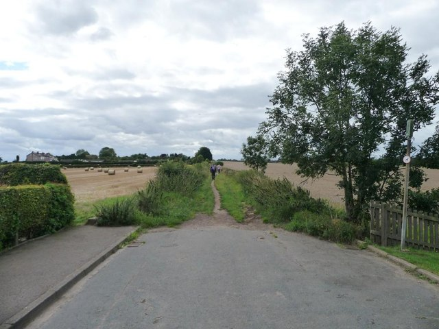 The edge of the village, Carrfield Lane