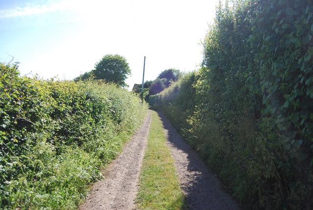 Footpath to Bourne Lane