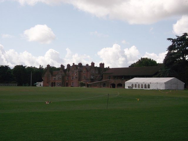 Metropolitan Police (Hayes) Sports Club