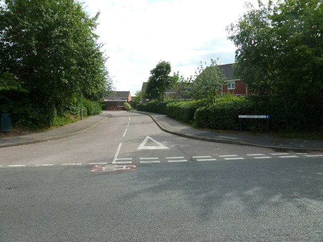 Looking from Water Lane into Lawford Way