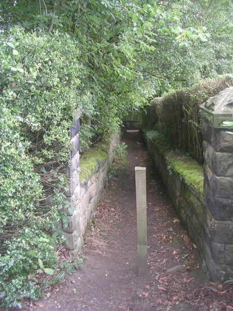 Footpath - Cliffe Drive