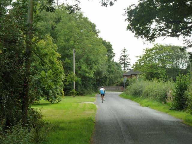 Cycling on Drungewick Lane