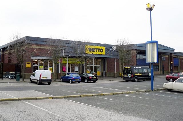 Netto supermarket, St. Nicholas Gate Retail Park