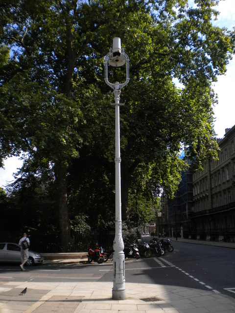 Lamp post, Gordon Street WC1