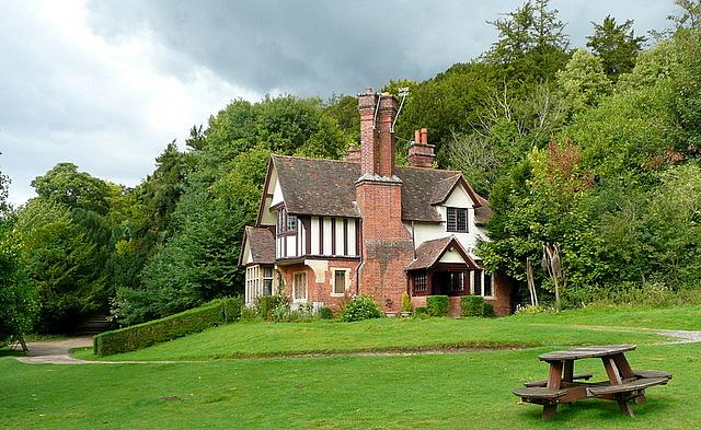Cliveden, Seven Gable Cottage