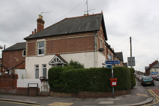 #144 Cholmeley Road at junction with Liverpool Road