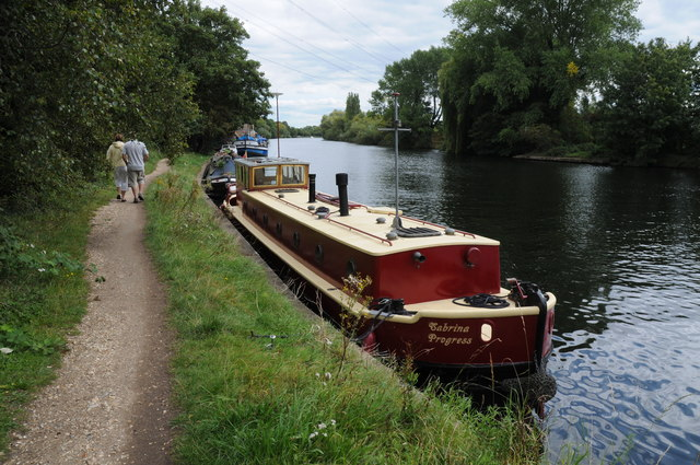 Narrowboat moored on the Thames