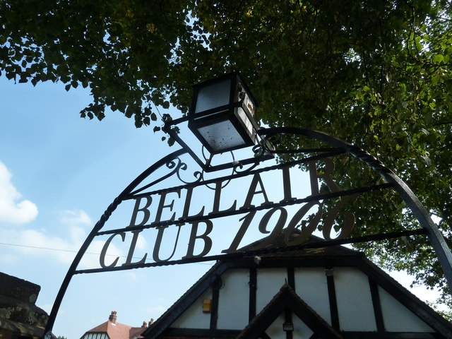 Date sign outside the Bellair Club