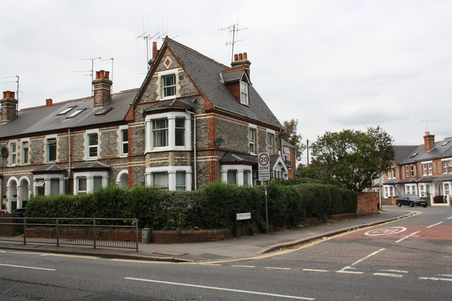 Houses at junction of London Road and Liverpool Road