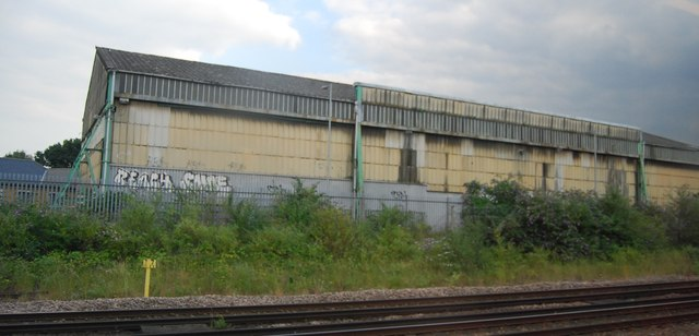 Derelict shed by the railway line