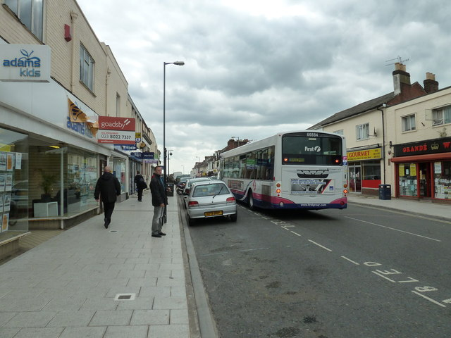 Bus in Victoria Road