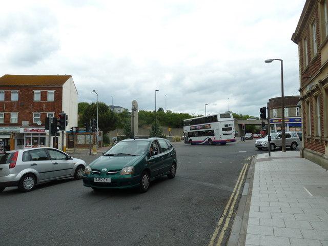 Portsmouth Road, Victoria Road, Bridge Road crossroads (b)