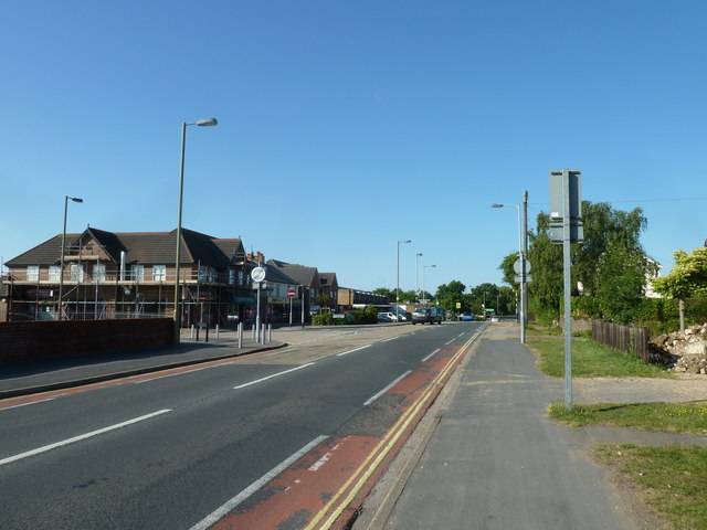 Approaching the junction of Highlands Road and Gudge Heath Lane