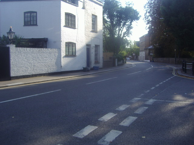 Hampton High Street at the junction of Ormond Avenue