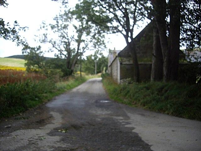 Access to Milton of Lesmore