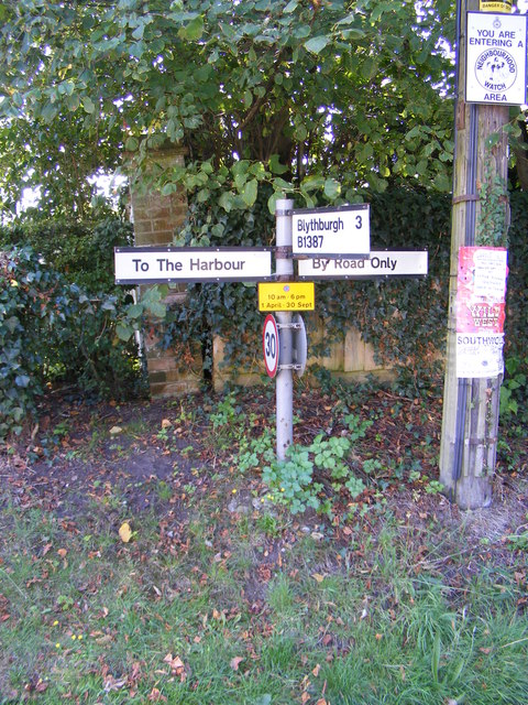 Roadsign at the Lodge Road junction