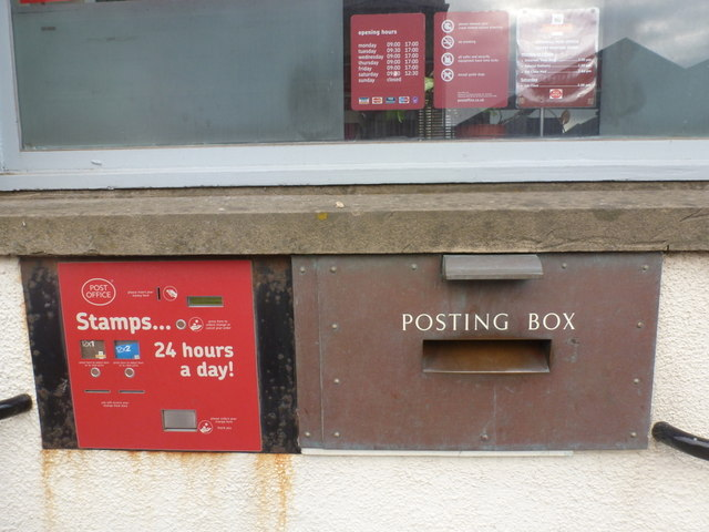 Kirkwall: postbox № KW15 35, Junction Road