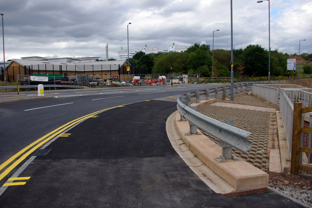 Shared use path at the Queen Elizabeth Island Roundabout, Selly Oak New Road