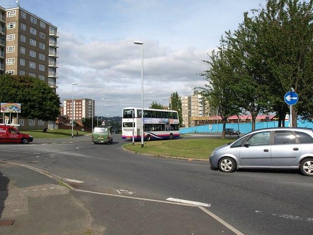 Roundabout, Gipton