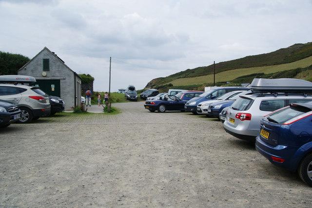Car park at Pwllgwaelod