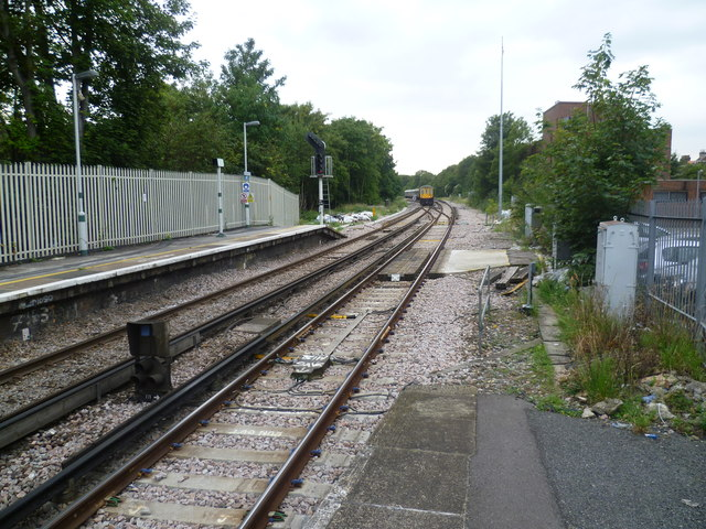View from the end of the platform at Streatham station