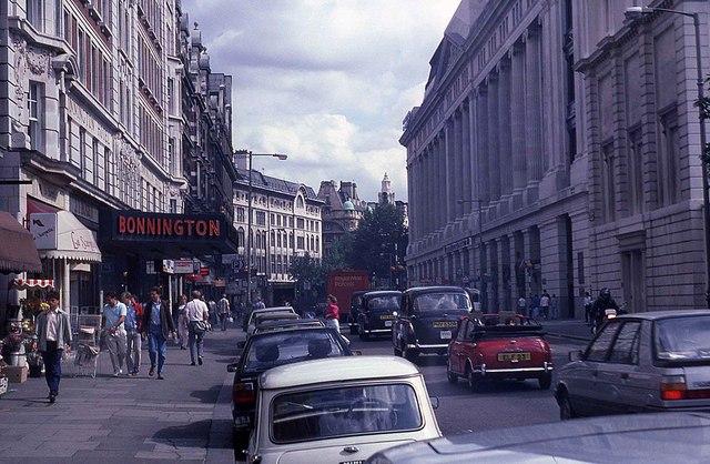 Southampton Row in 1987