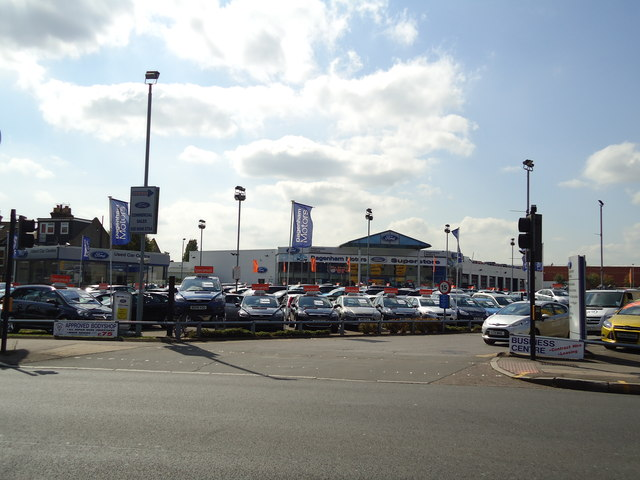 Dagenham Motors superstore, Alperton