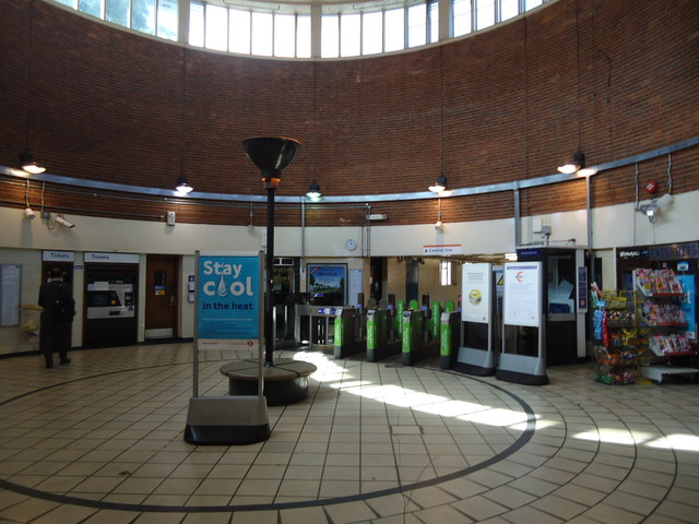 Ticket office, Hanger Lane underground station