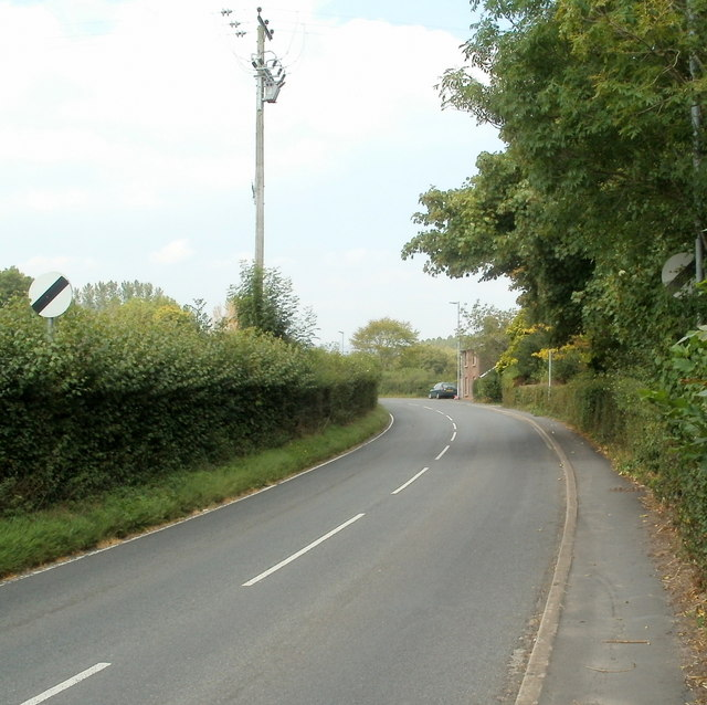 Hereford Road heads north away from Mardy