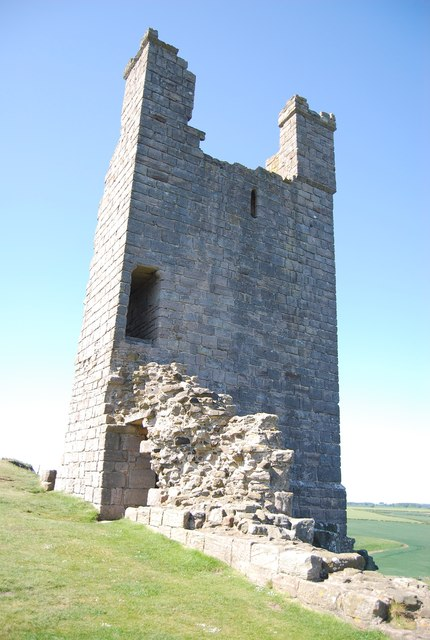 Ruined tower, Dunstanburgh Castle