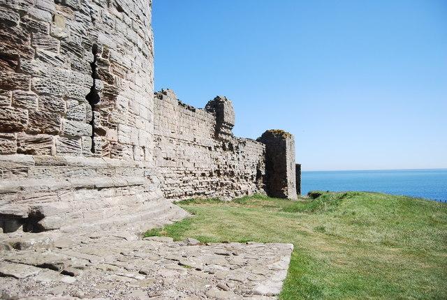 Curtain Wall, Dunstanburgh Castle