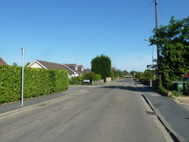 Approaching the junction of Tewkesbury Avenue and Fareham Park Road