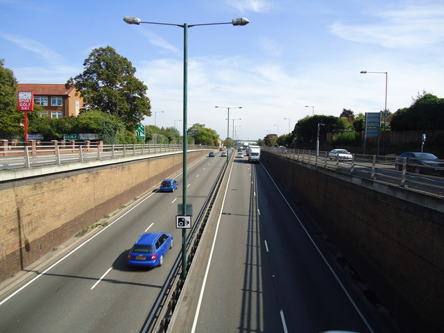 A3 Kingston by-pass, Hook