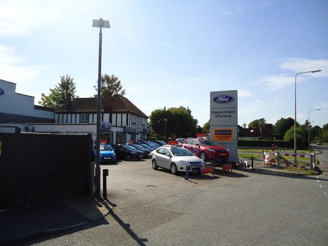 Dagenham Motors, Bookham