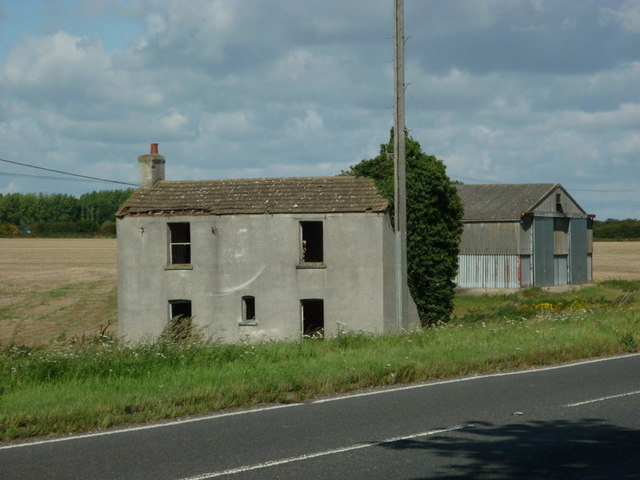 An empty farmhouse near Green Man Wood