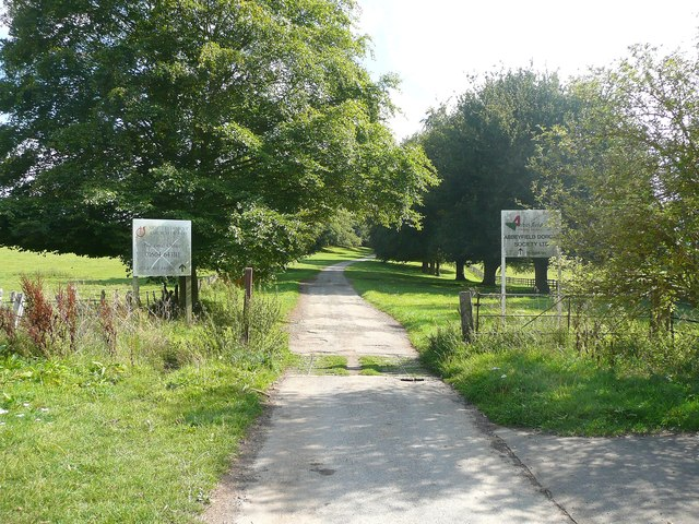 The entrance to  Overstone Park