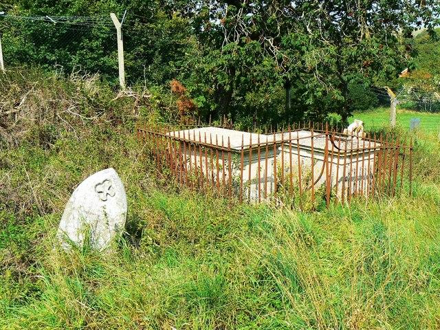 Fenced tombs, St Giles' Church, Imber