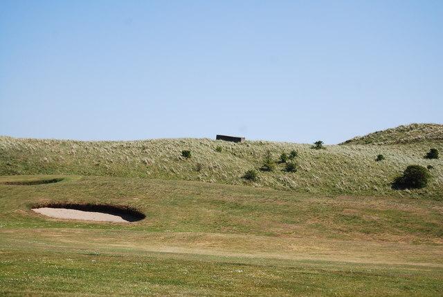 Pillbox and bunker, Dunstanburgh Castle Golf Course