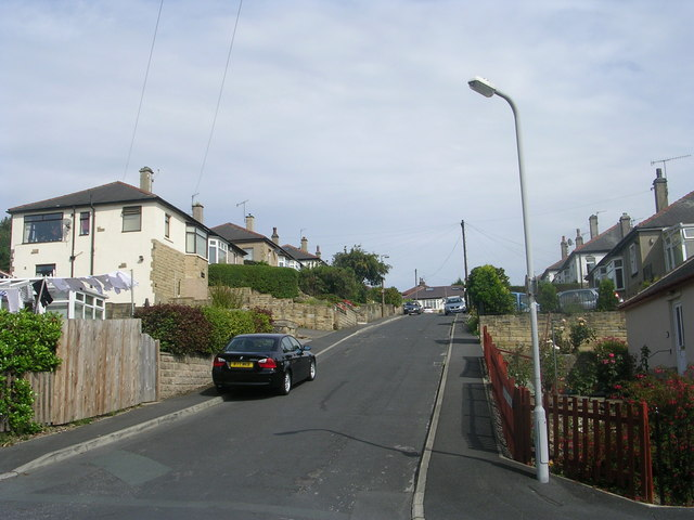 Oakfield Drive - Thornmead Road