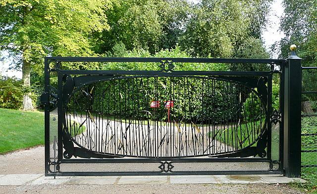 Cliveden, water garden