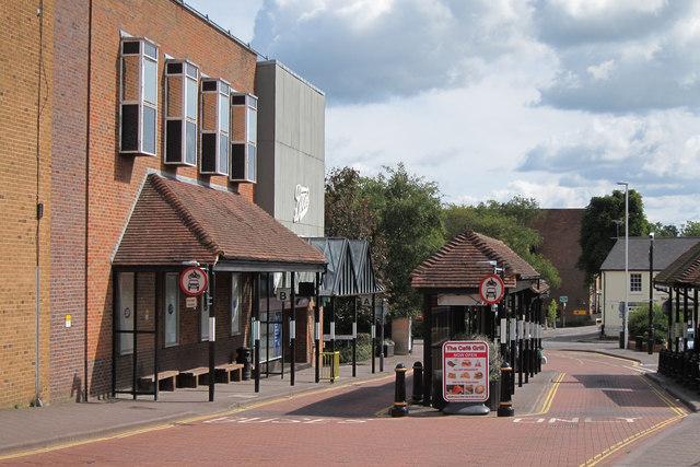 Bus stops at Buckhurst Avenue