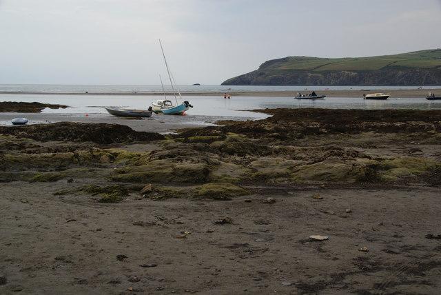 Low tide at Parrog