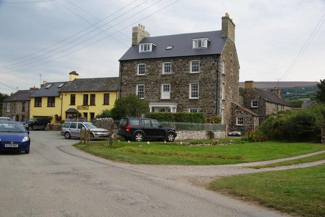 Houses at Parrog