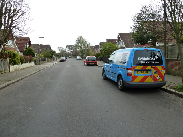Looking southwards down Nutbourne Road