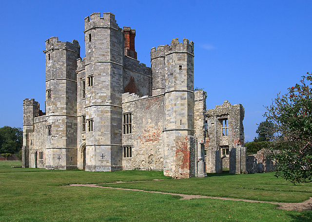 Titchfield Abbey Gatehouse (Place House)
