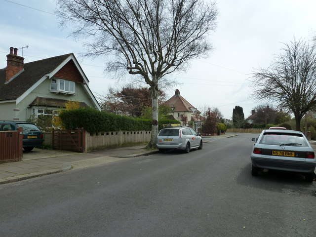 Approaching the junction of Nutbourne Road and Shermanbury Road