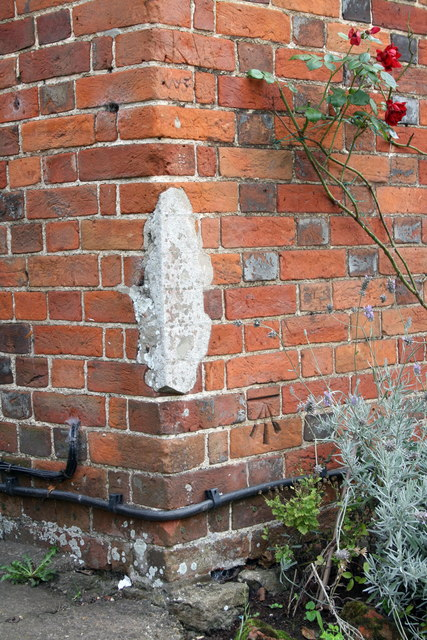 Benchmark on 'Cherry Tree Cottage', #34 High Street
