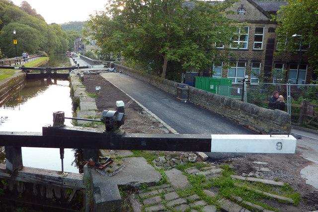 Resurfacing the towpath by Black Pit Lock, Hebden Bridge