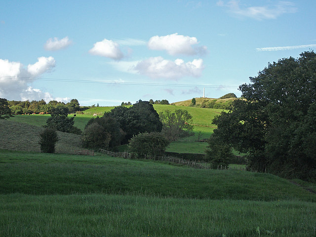 Tandle Hill from Hough Lane