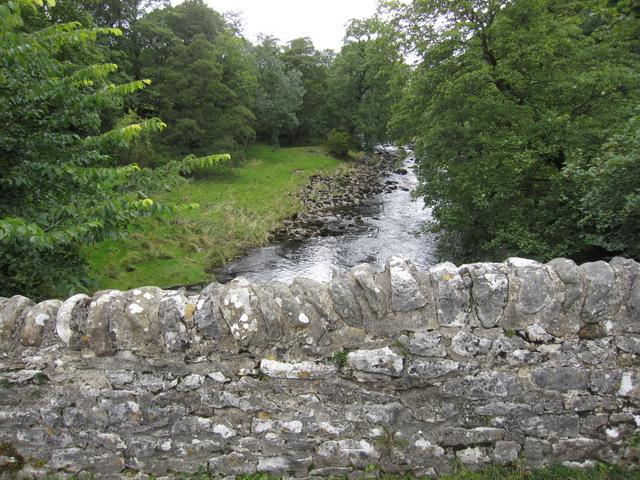 Upstream from Stainforth packhorse bridge